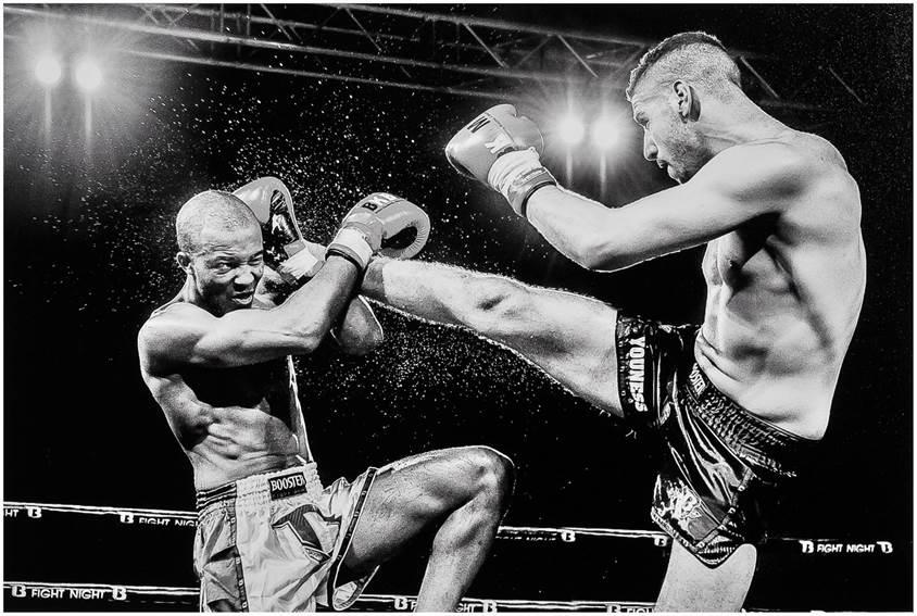 """Sport noir et blanc 2° Mr Eric T'Kindt """"Thaï box """""""