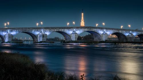 """Hervé Hellec """"La lune sur la Loire """""""